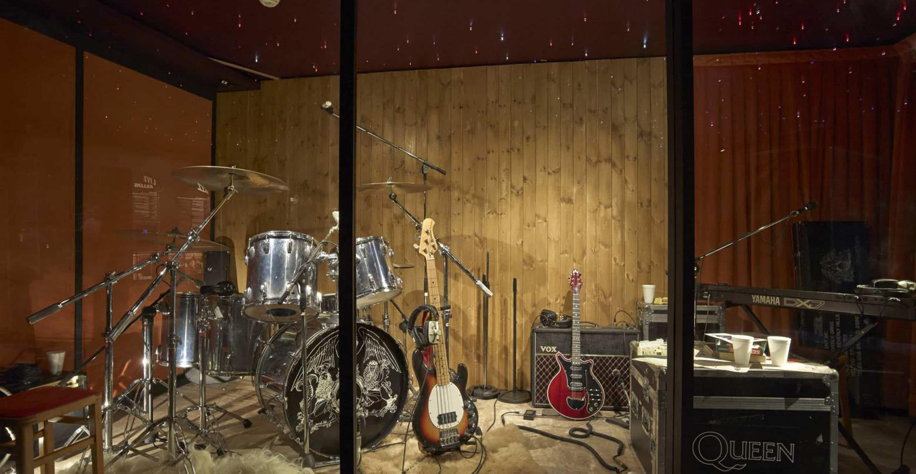 Freddie Mercury & Queen | Recording Studio | Montreux